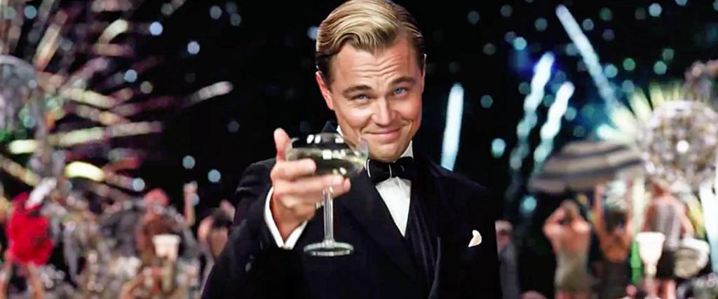 Leonardo DiCaprio como Jay Gatsby na adaptação cinematográfica de 2013