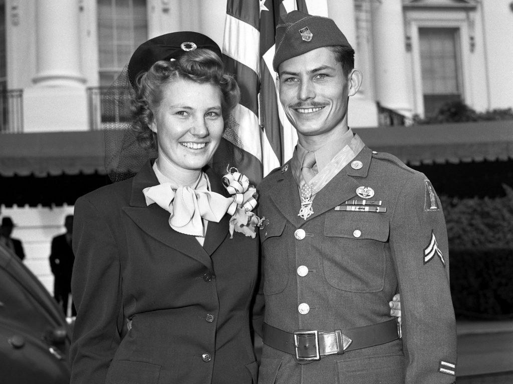 Os verdadeiros Dorothy e Desmond Doss: casais que a guerra não separou