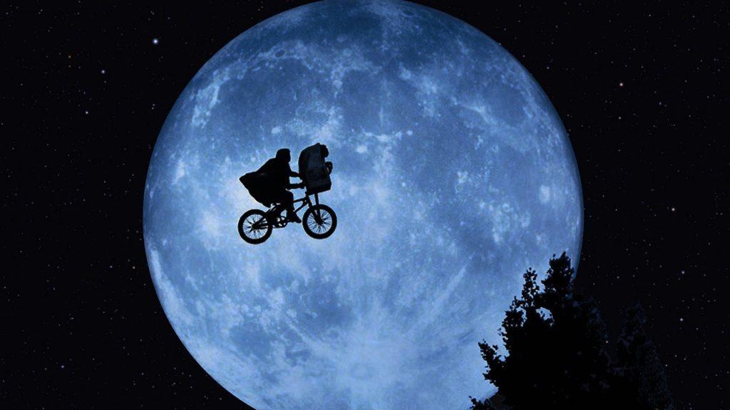 bicicleta voando E.T.
