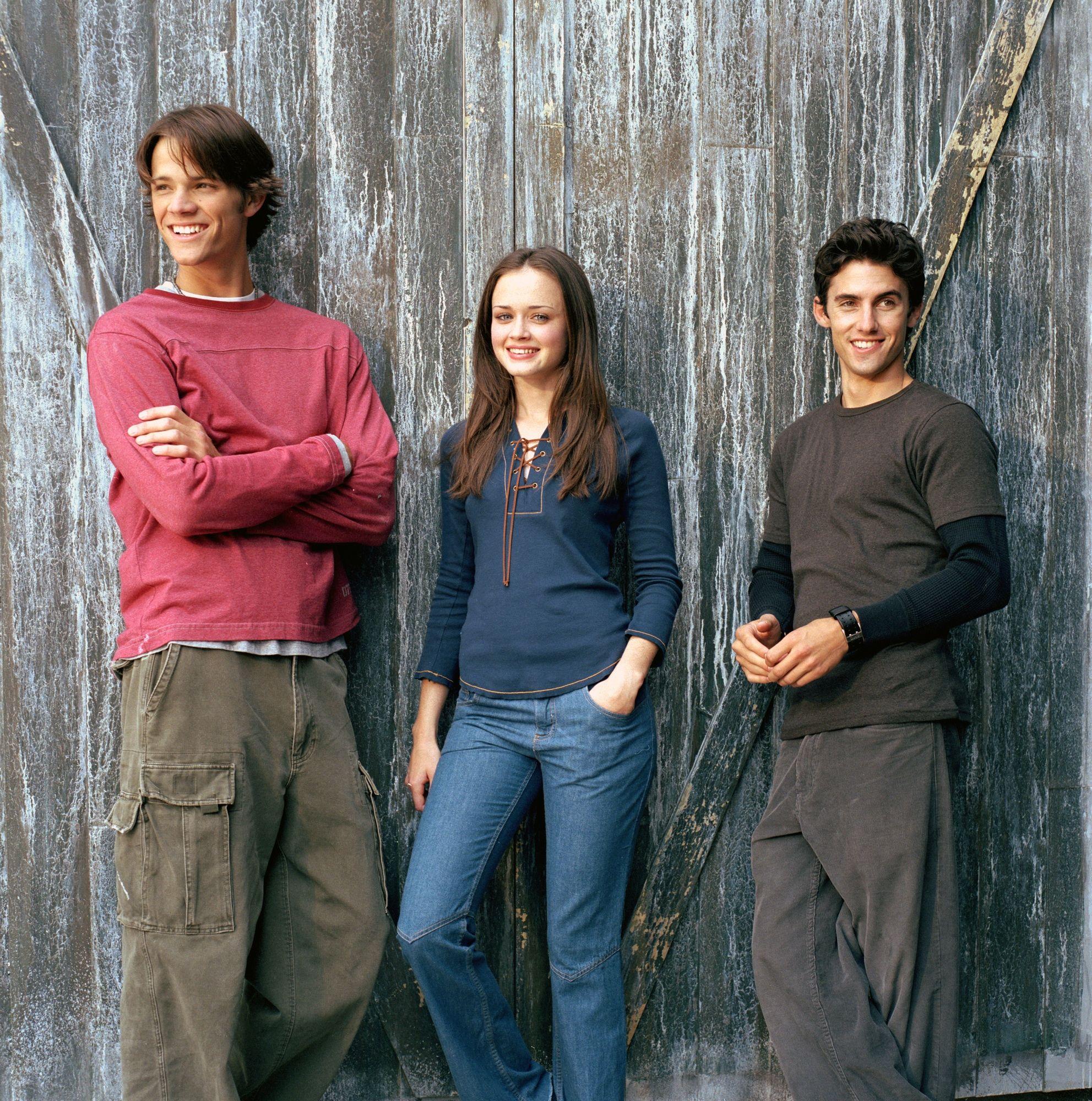 Rory, no centro, Jess a direita e Dean a esqueda.