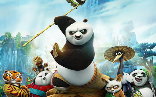 Cartaz de divulgação do filme Kung Fu Panda 3. Na imagem, o personagem Po está ao meio segurando um bambu. Ao lado direito de Po temos os personagens Mestre Shifu, a Garça e Li, pai de Po. Ao lado esquerdo temos as personagens Tigresa e a panda Mei Mei. Ao fundo, cenário de natureza puxando para tons de cinza e azul com árvores, montanhas e cachoeiras no estilo chinês.