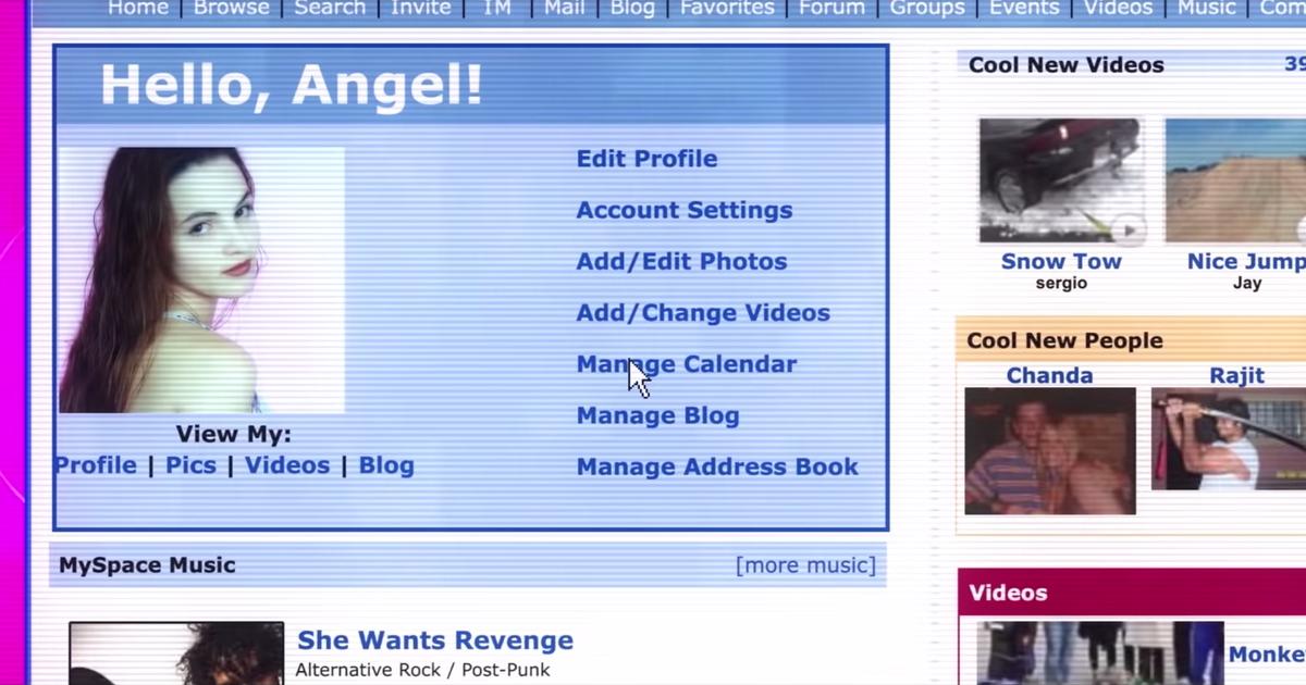 """Cena do documentário Por Que Você me Matou?. Nela consta uma tela de computador, em um perfil da rede social MySpace. O perfil contém um bloco azul no canto esquerdo, onde aparece a seguinte frase no topo: """"Hello, Angel!"""""""