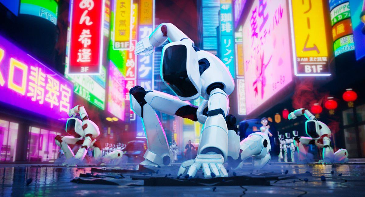Cena do filme A Família Mitchell e a Revolta das Máquinas. Nela, vemos uma porção de robôs brancos ajoelhados em pose de guerra em uma rua movimentada, cheia de banners e telões luminosos em prédios, de noite.