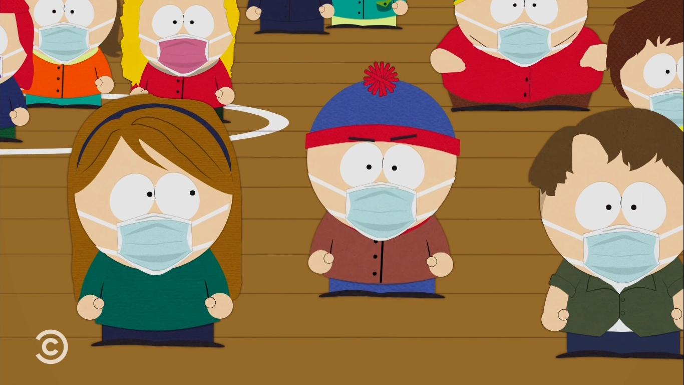 Cena da série South Park. Na animação, há alguns personagens reunidos em uma quadra de chão marrom. À frente estão três personagens. A primeira personagem é uma menina, veste uma camisa verde, calça azul e possui cabelos longos, com um arco de cabelo desenhado. Ao centro está o personagem Stan Marsh, um menino, utilizando uma touca azul e vermelha, uma blusa marrom e uma calça azul. Ao lado está outro menino, com cabelos de cor marrom, camisa verde e branca e uma calça azul. Todos são crianças brancas e estão utilizando máscaras de cor azul clara.