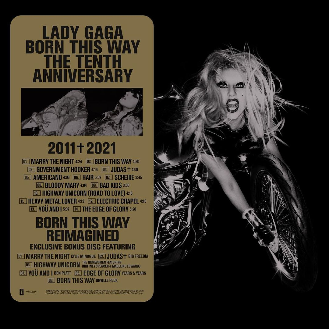 Capa do CD Born This Way The Tenth Anniversary. Imagem com o fundo preto, ao lado esquerdo retângulo dourado com o nome do álbum e as faixas presentes em cada disco da edição de aniversário. Ao lado direito, Lady Gaga sobre uma moto em preto e branco