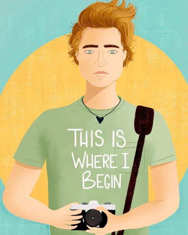 """Fanart do personagem Jeremiah. O garoto é branco de cabelos loiros e olhos azuis. Ele usa uma blusa verde com """"this is where i begin"""" escrito em branco e segura uma câmera. O fundo é azul e amarelo."""